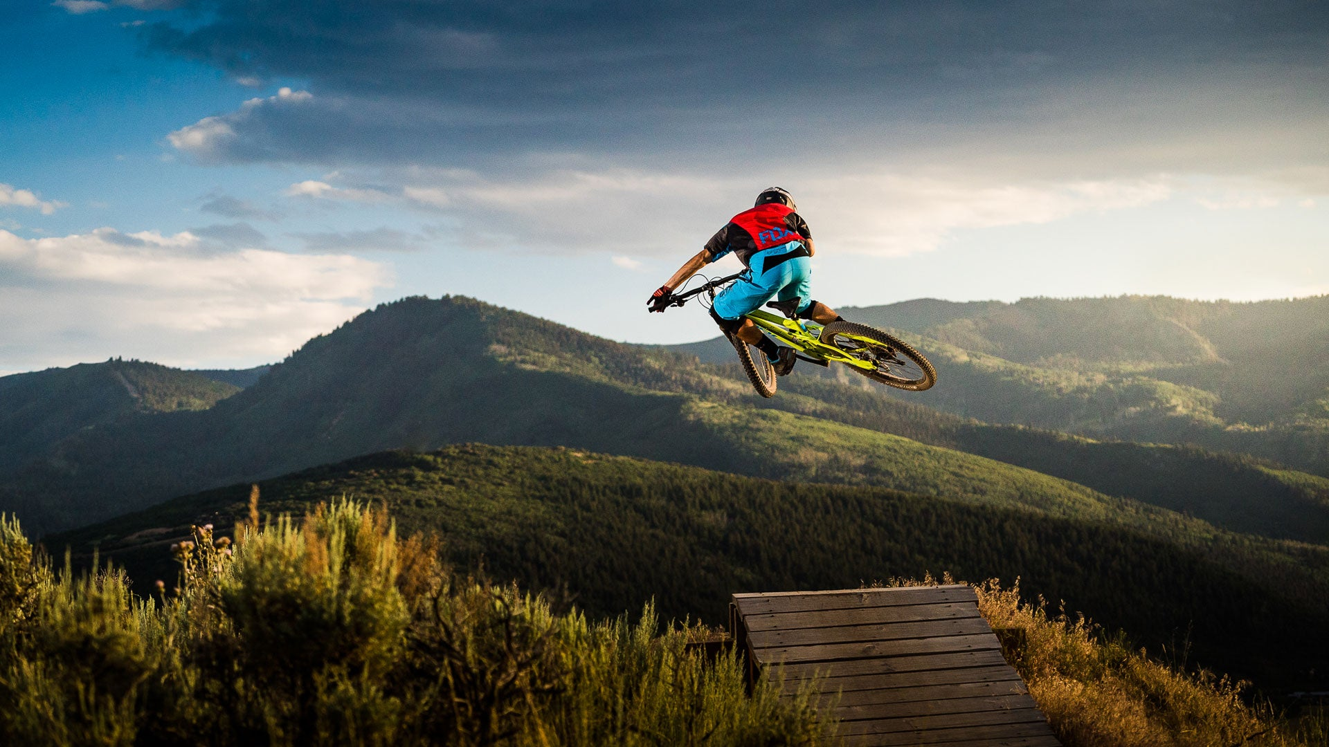 How to take great mountain bike photos - Step five: Make your buddies wear bright colored gear.