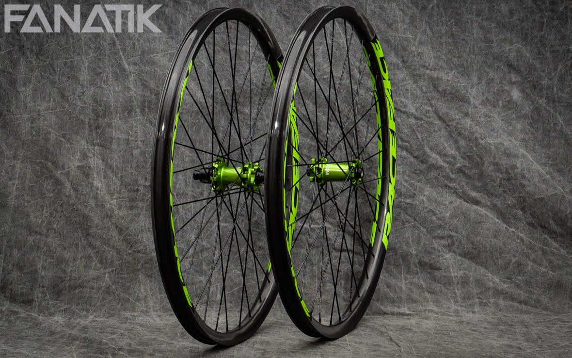 Race Face Arc 30 Offset/Industry Nine Hydra Custom Wheelset
