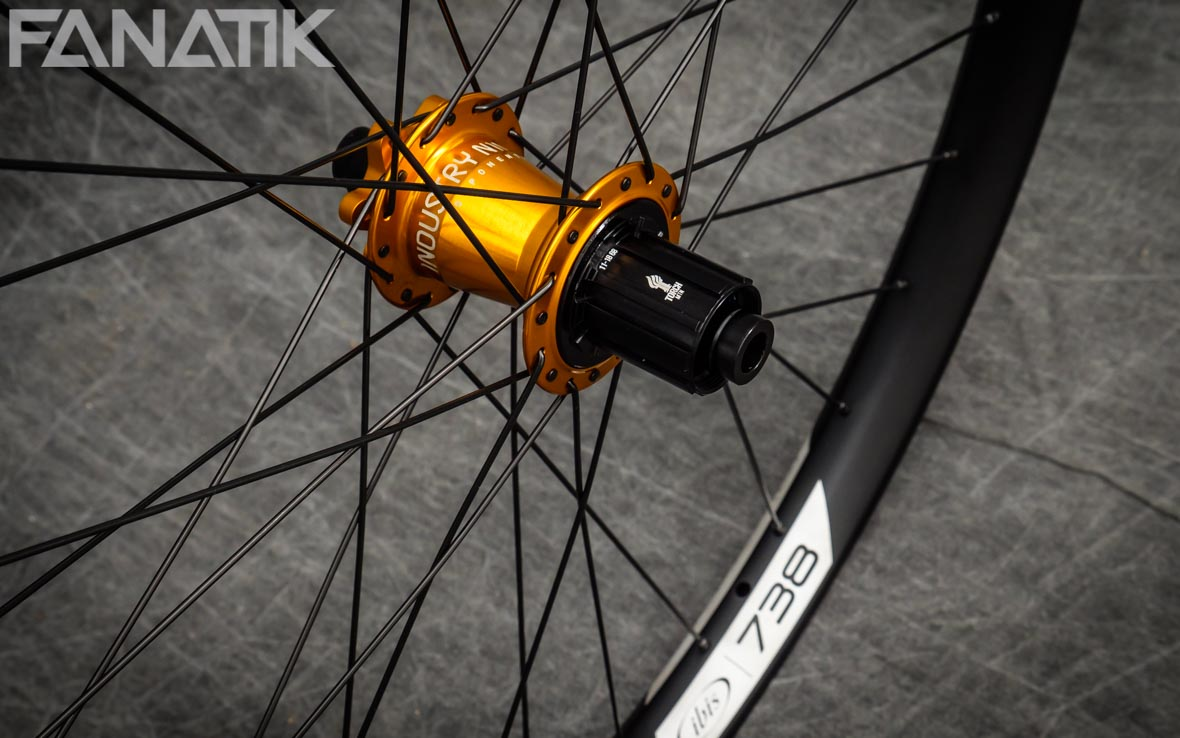 Ibis 738/Industry Nine Torch Classic Custom Wheelset