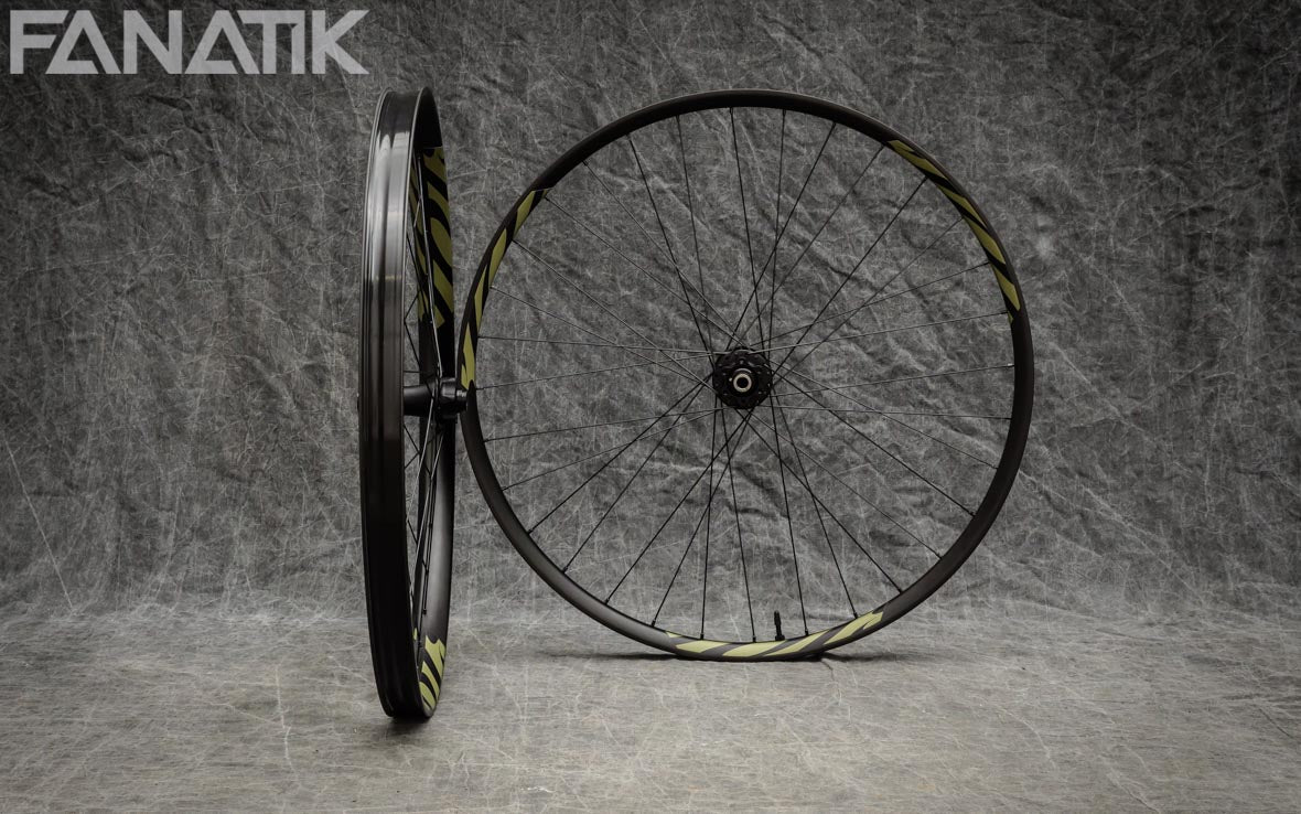 Ibis 942/Chris King ISO Custom Wheelset