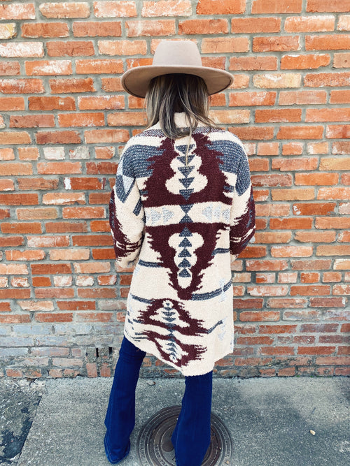 Love all things Yellowstone & Beth Dutton? Then you NEED this Ivory Aztec Cardigan! Cozy up in this Aztec Cardigan with your flares and flat brim and walk in like you own the town...just like Beth (only nicer). LOL! Multitudes Boutique. Honeysuckle Tees. Cutest Online Boutique.