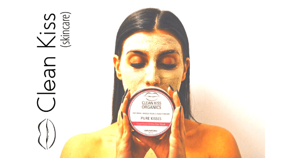 5 Reasons to Apply a Natural Face Mask Right Now for Glowing Holiday Skin