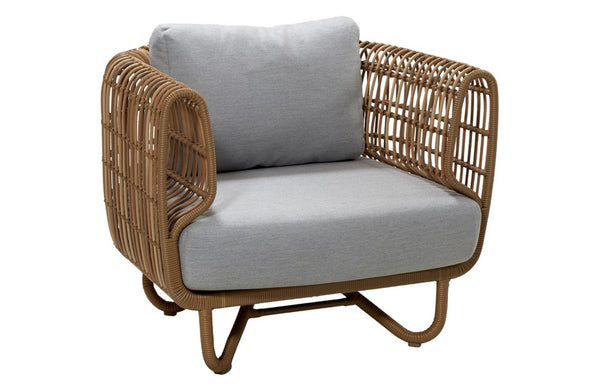 Nest Outdoor Lounge Chair by Cane-line.