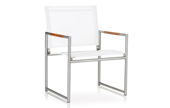 Breeze Club Chair by Harbour - Asteroid Aluminum + Batyline Silver.