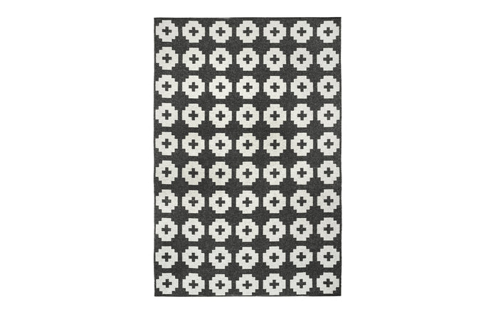 Flower Beluga Rug by Brita.