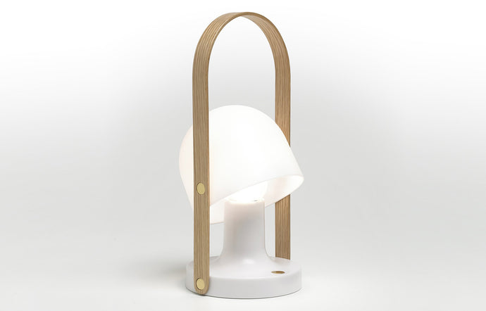 Followme Table Lamp by Marset - White Matte/Oak Wood.