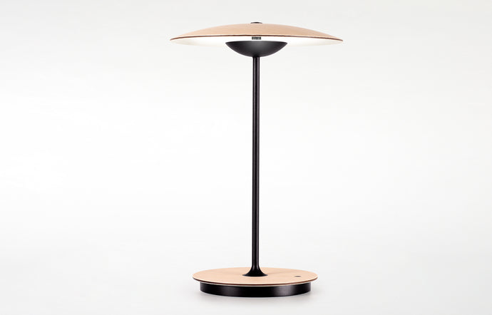 Ginger 20 M Portable Table Lamp by Marset - Oak/White.