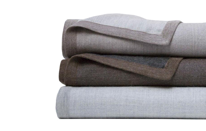 Hugo Revers Natural/Soft Grey Blanket by Area.