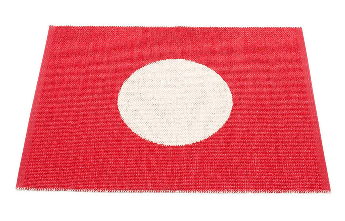 Vera Small One Red & Vanilla Rug by Pappelina.