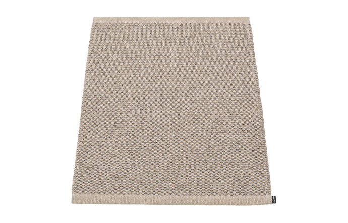 Svea Metallic Mud & Mud Runner Rug by Pappelina - 24