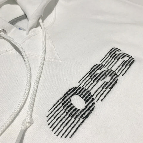 oss embroidered classic logo hood (white/black)