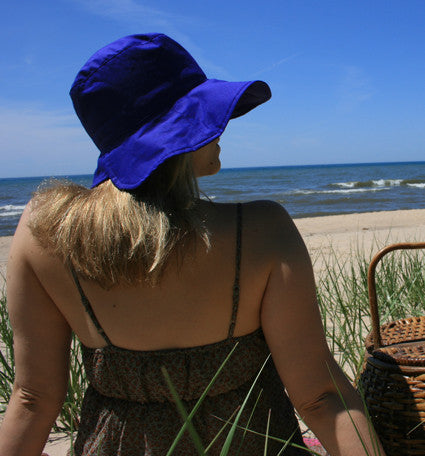 Lizzy Wide Brim Hat in Periwinkle
