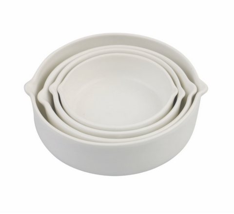 white stoneware nesting measuring cups at maeree