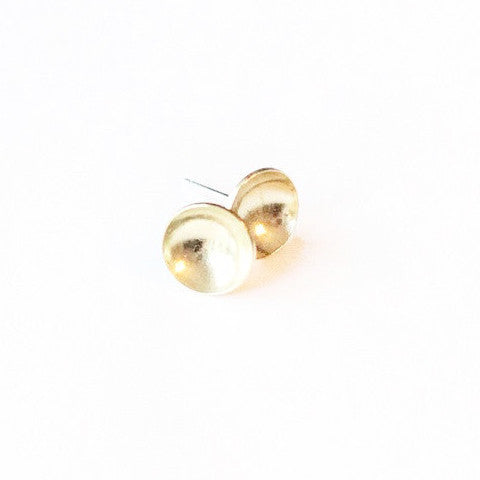another feather brass cup stud earring at maeree