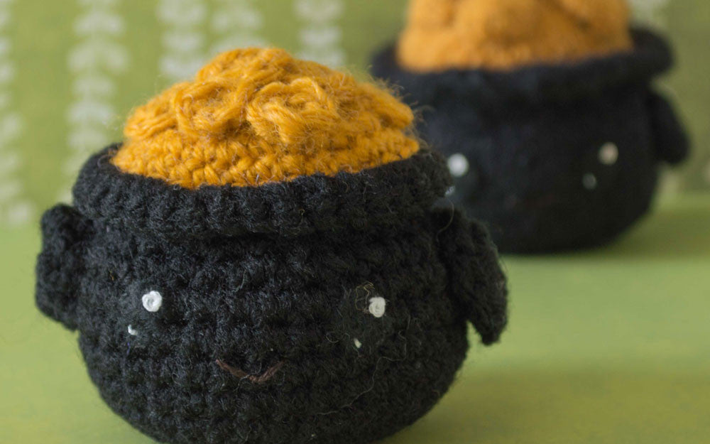 Crochet Amigurumi Pot of Gold Pattern