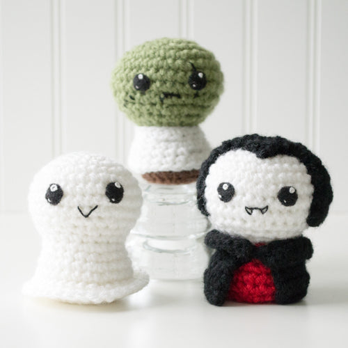 Trick or Treat 1: Ghost, Zombie, Vampire Crochet Amigurumi Pattern, 4 inch - CraftyAlien.com