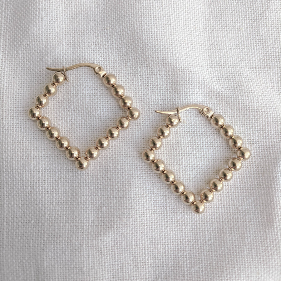 Dot Hoops Diamond