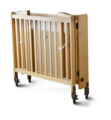 Full Size Crib with Bedding