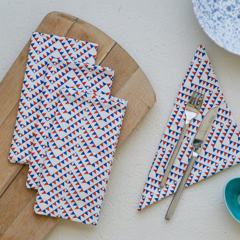 Add some fun to your tableware with these graphical hand-screened printed cotton linen napkins. In traditional British colours, Safomasi's Ferry Flag print napkins make a great addition to nautical-inspired home decor and or a fun gift for loved ones.