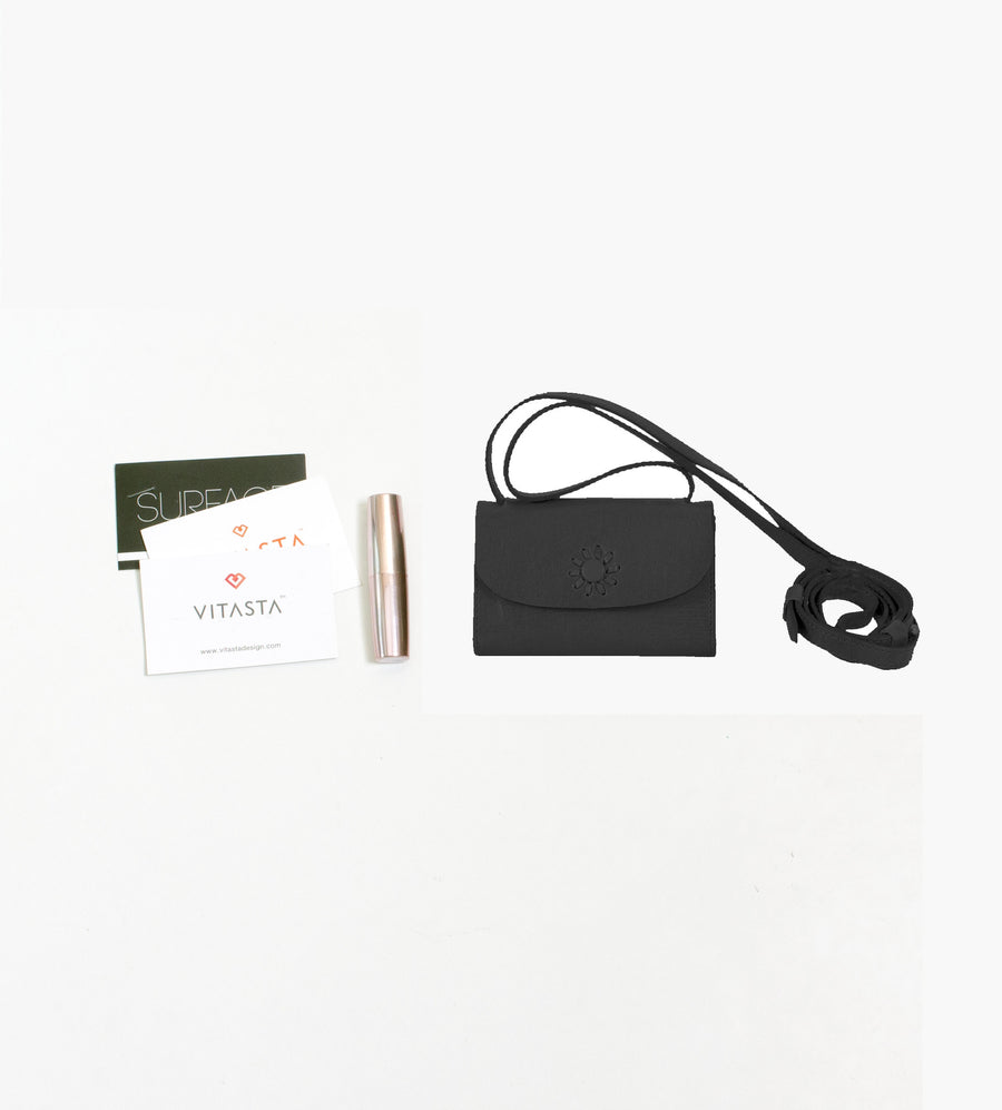 Momento leather card case-Black