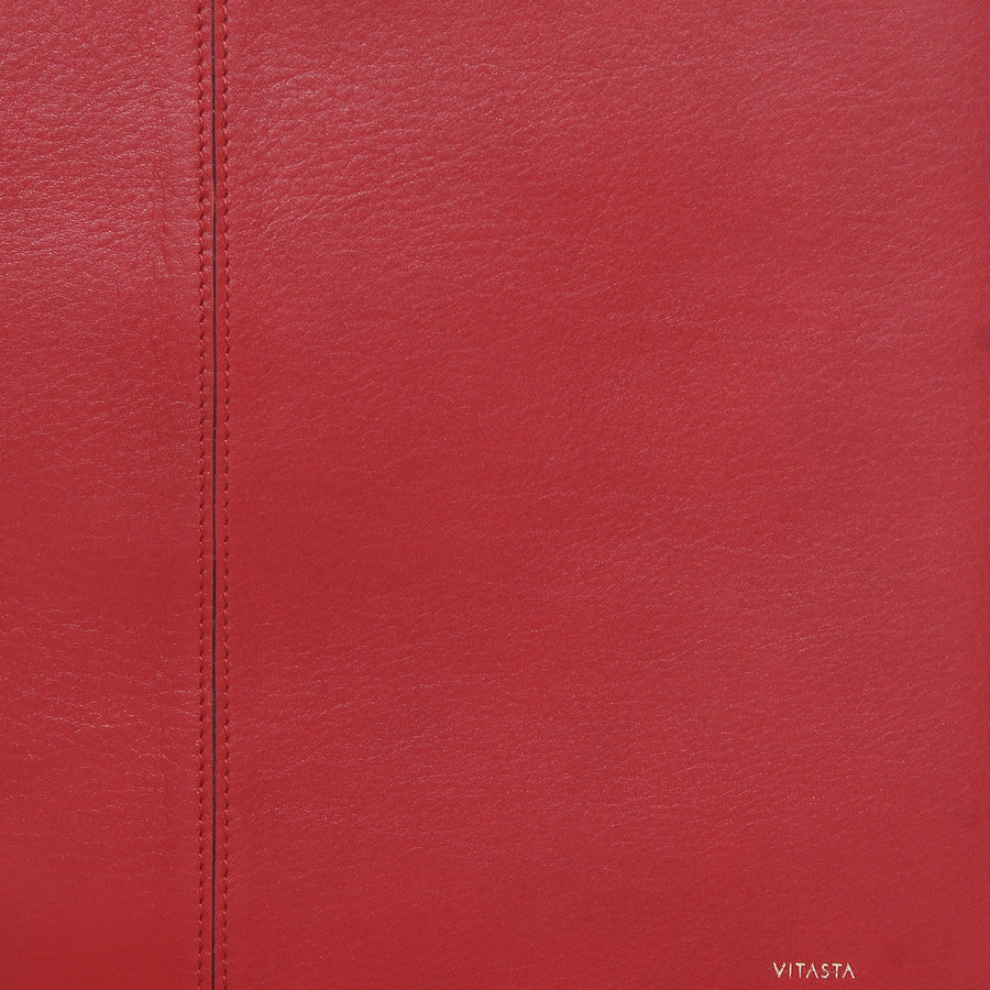 Leather laptop sleeve (13 inch), Red