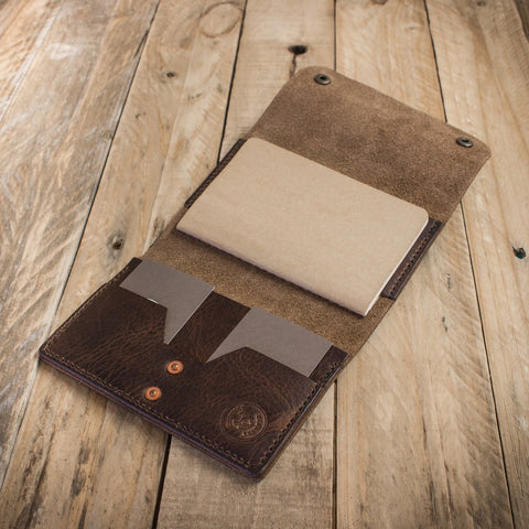 Image of the Explorer notebook holder from Colville Leather