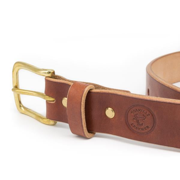 close up image of the buckle of an oak bark belt handmade by Colville Leather