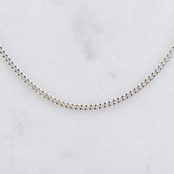 925 Sterling Silver curb choker. Delicate and minimal jewelry for everyday.