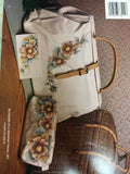 113(9) Heritage in the Bag By Nancy Wekarchuk
