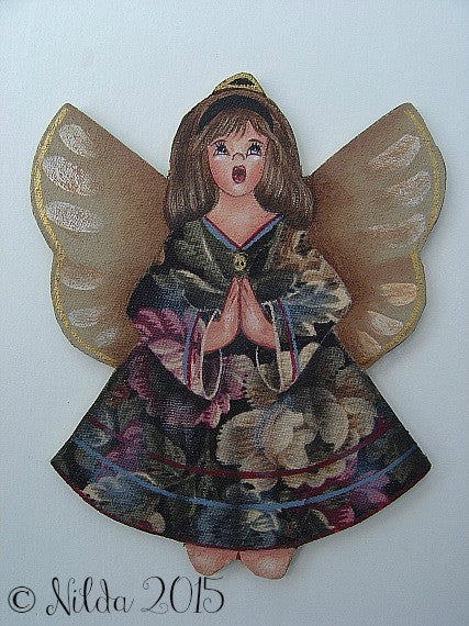 Kneeling Angel Kit with Wood Cutout