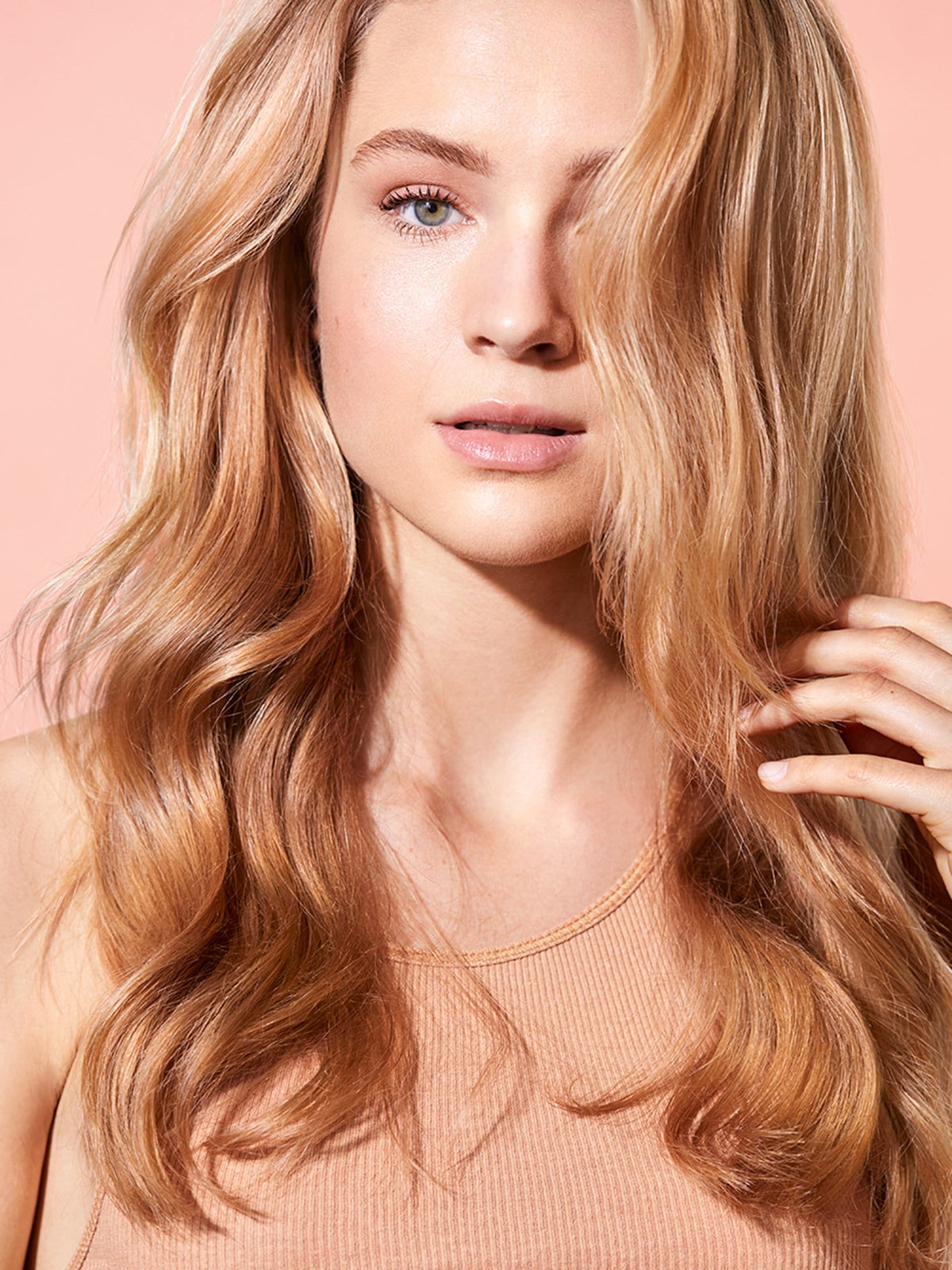 Blossom & Bloom Ginseng + Biotin Volumizing Blow Dry Spray