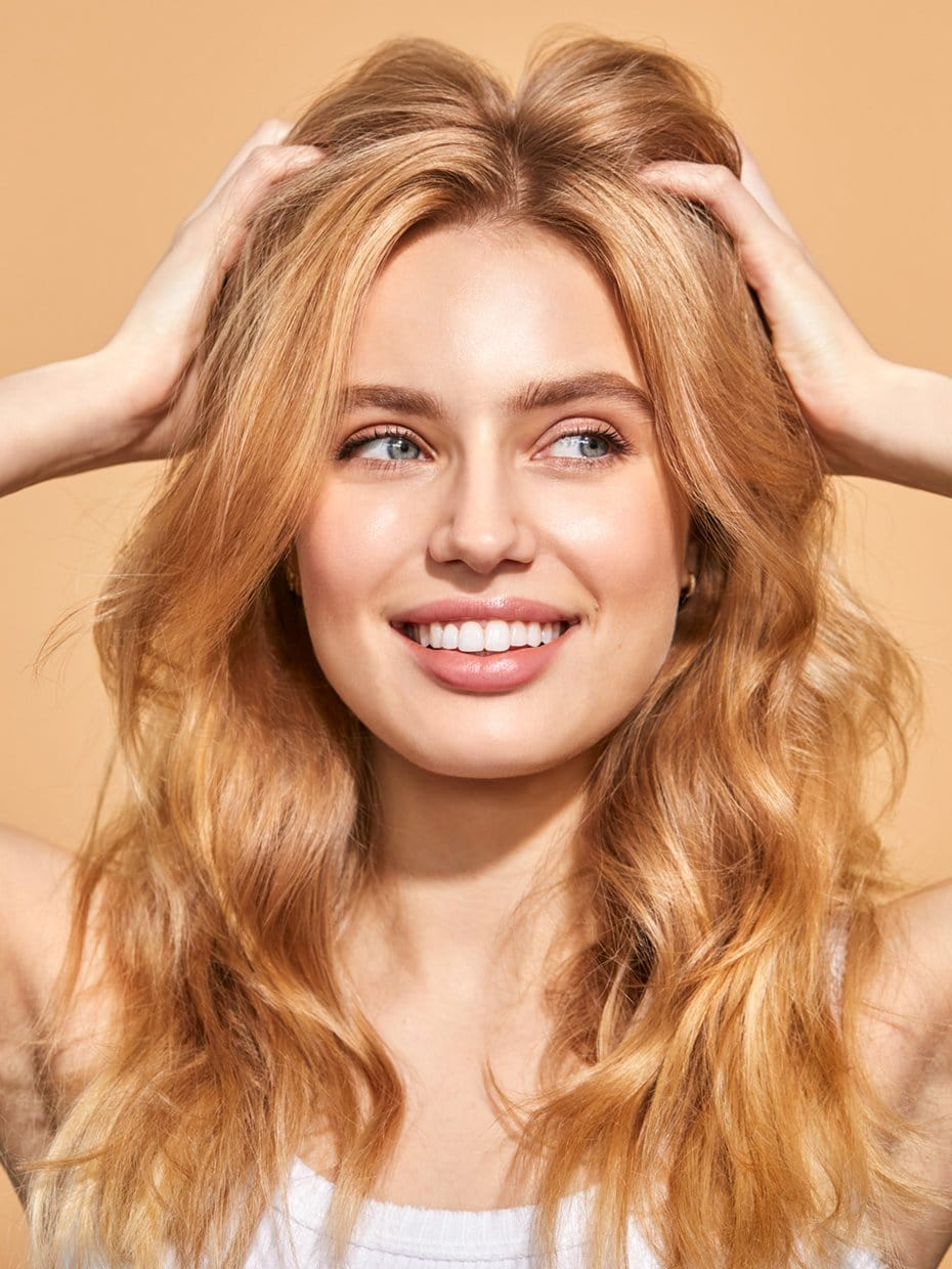 Blossom & Bloom Ginseng + Biotin Volumizing Root Powder