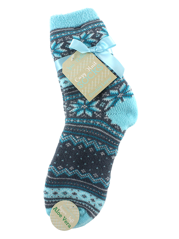 DOUBLE LAYERED COZY SOCKS ALOE INFUSED, FANCY SNOWFLAKE PATTERN