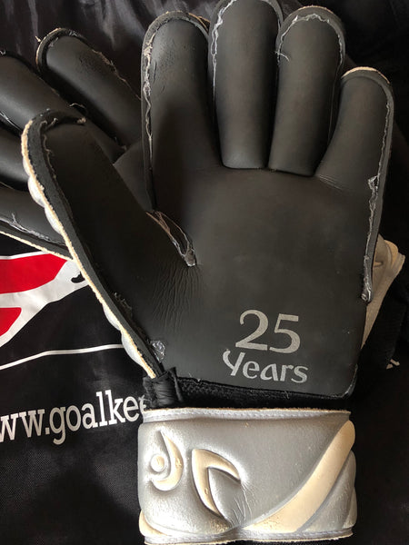 LIMITED 25th ANNIVERSARY EDITION SILVER GLOVES WHILE STOCK LASTS