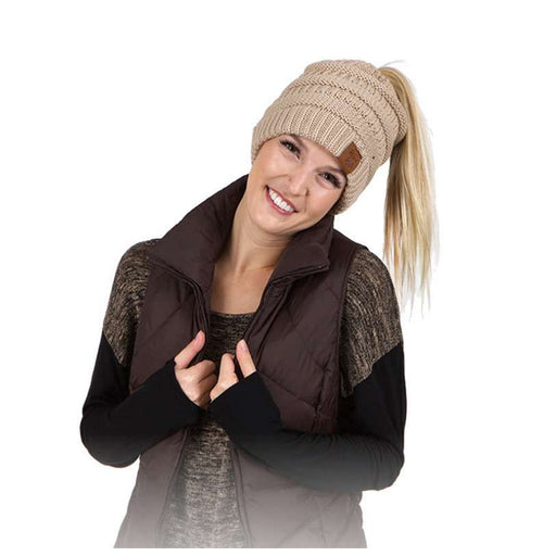 Ponytail women knit slouchy winter beanie khaki model karen keith