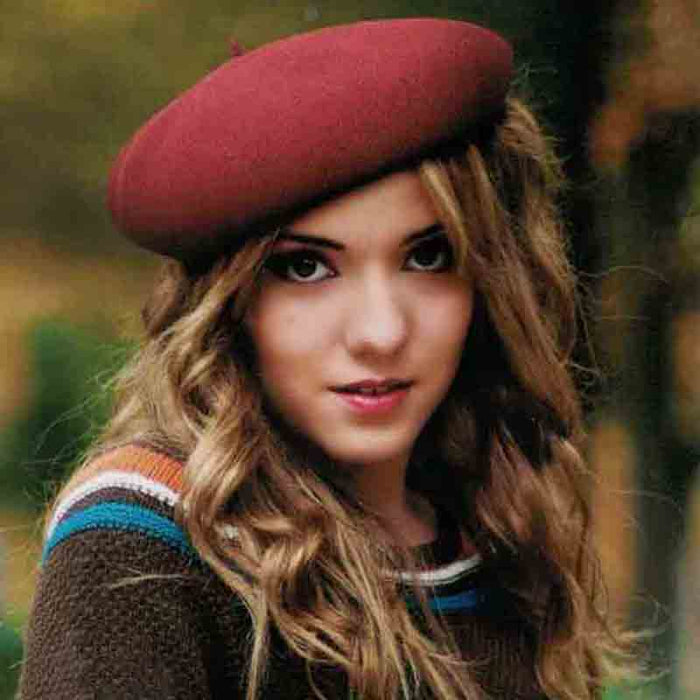 ad1030 women's french beret hat on model red