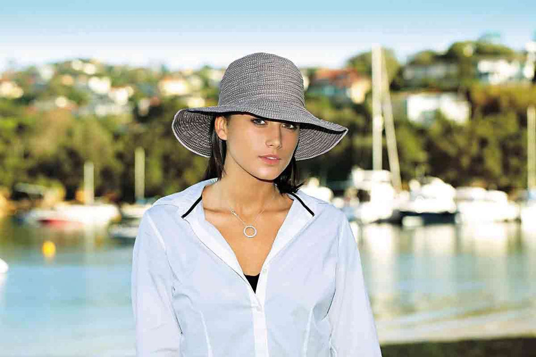 Petite Scrunchie Packable Sun Hat - Wallaroo Hats