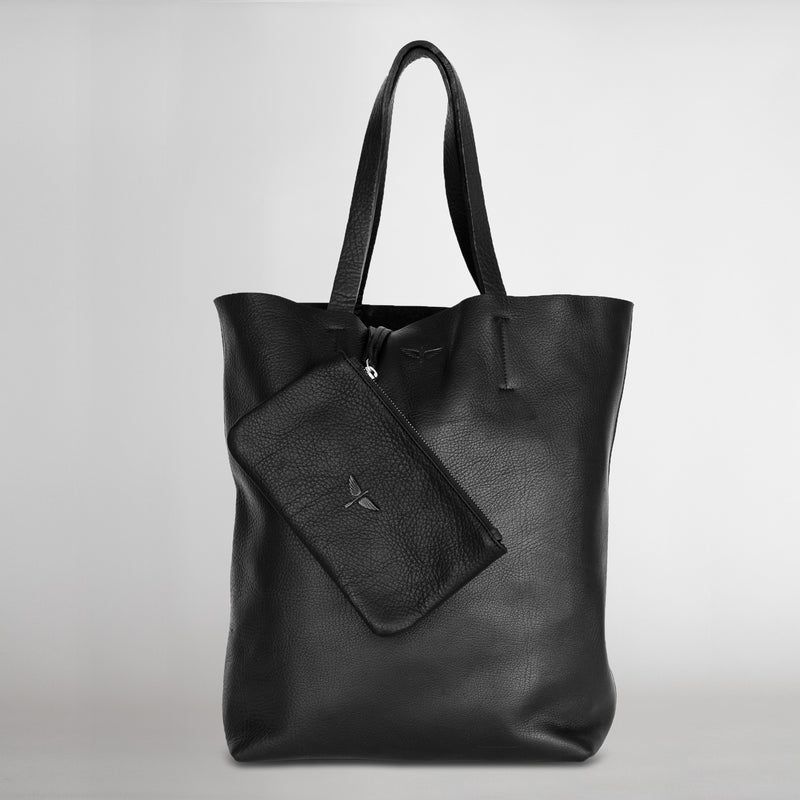 calandria tote in black with pouch
