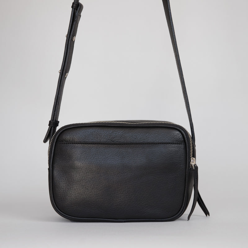 Cruz crossbody in black from back