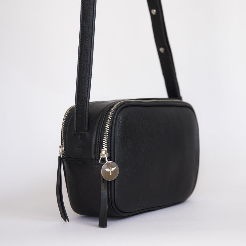 Cruz crossbody in black from side