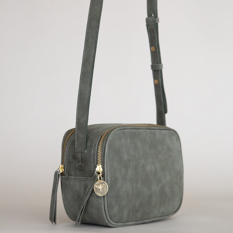 Cruz handbag in Military from the side