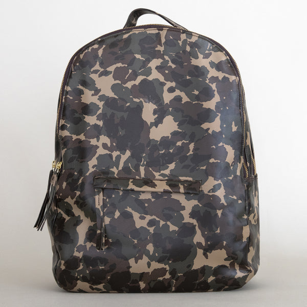 Gaucho backpack in Camo from front