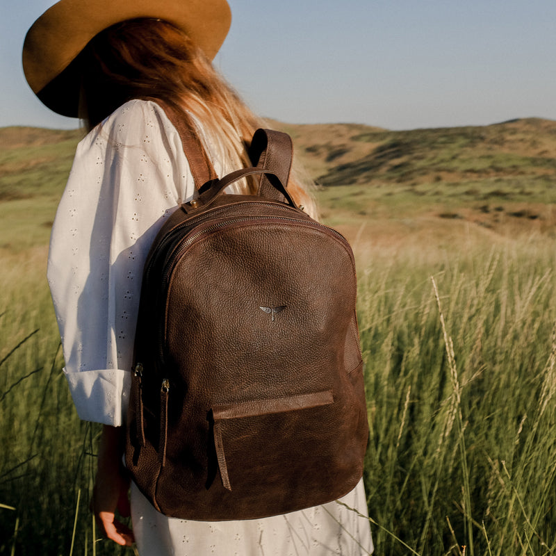 Gaucho backpack on model