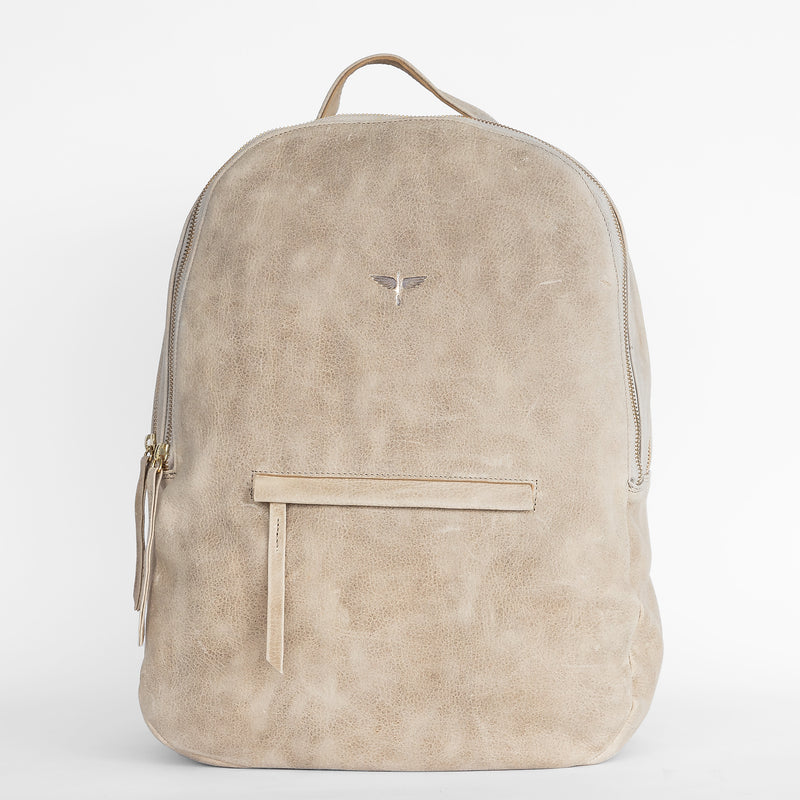 Gaucho backpack in Latte from front