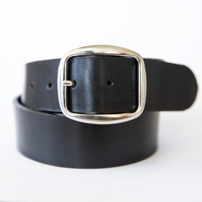 Nui belt in black