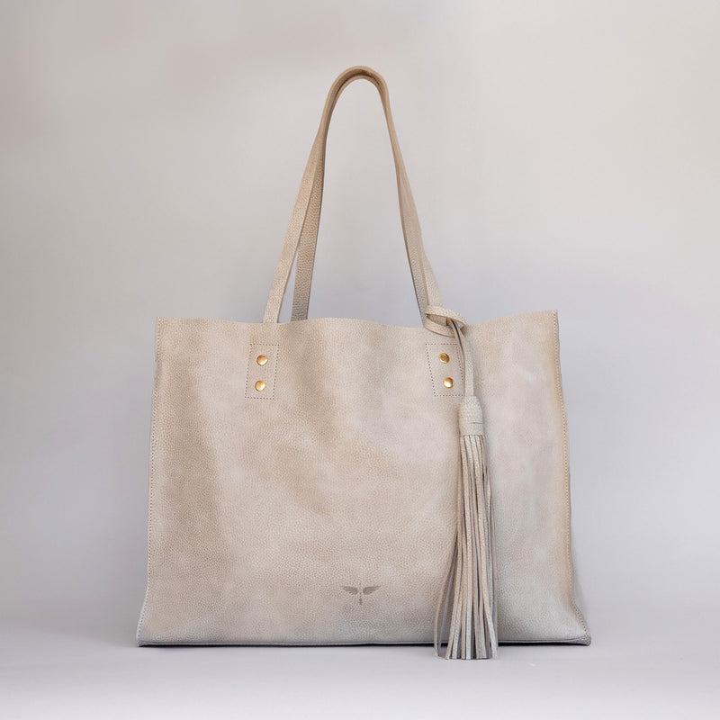 Pampa Handbag in Latte - Front photo