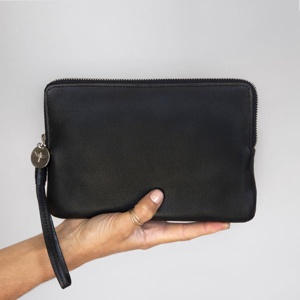 Pouch Wallet in Black in hand