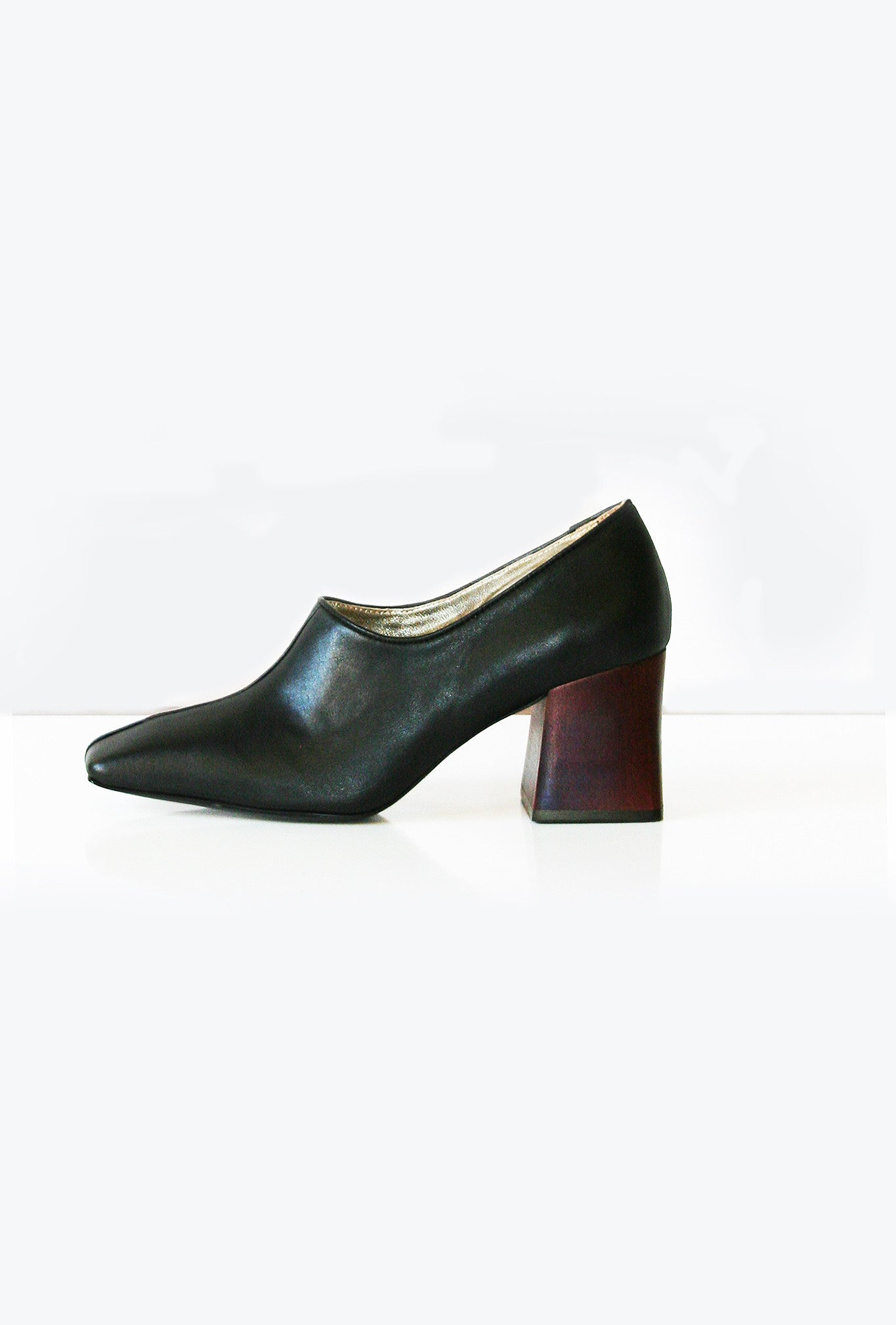 Pump Wood Heel - Black