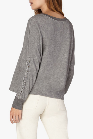 Lasso Tie Cropped Pullover