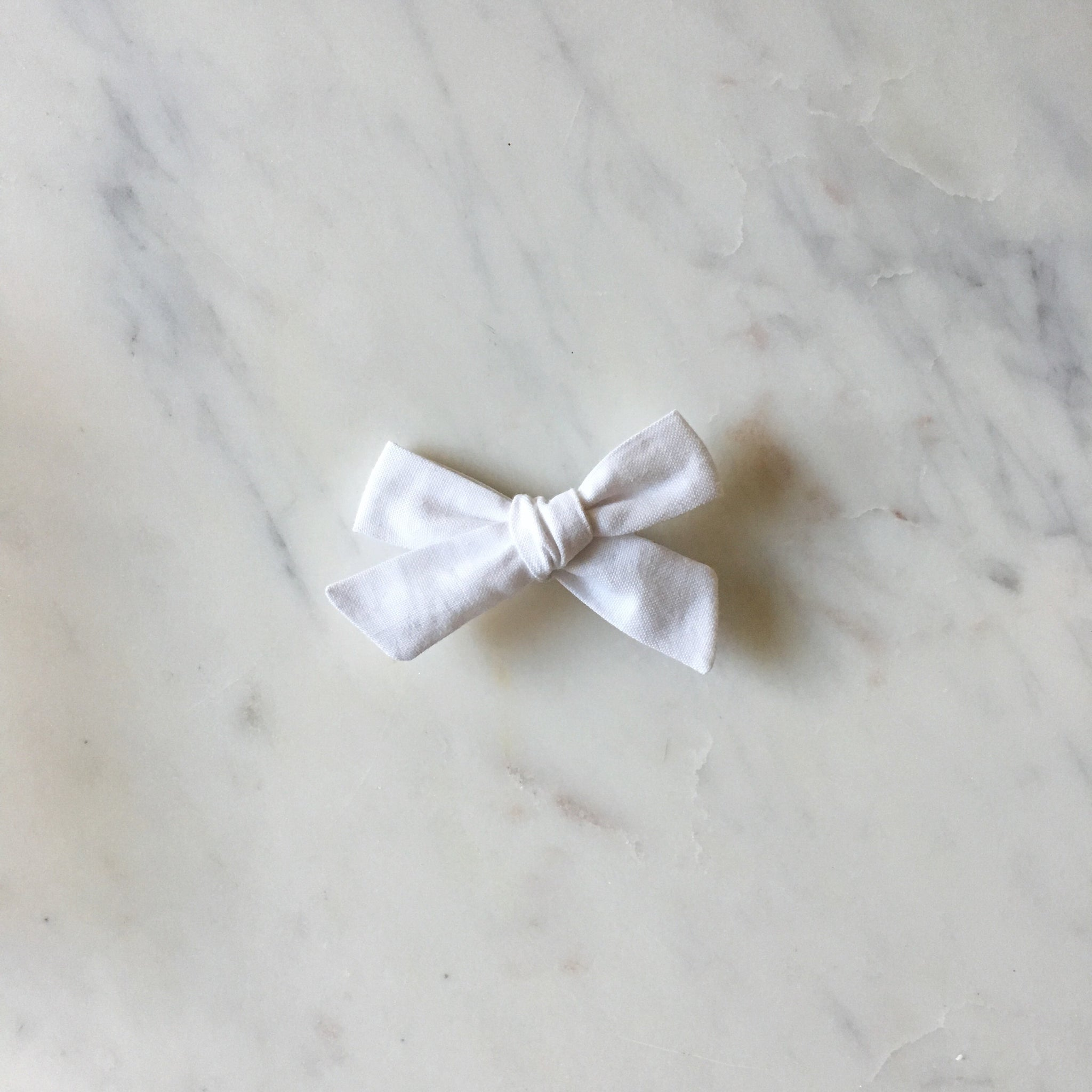 'Willa' Hand-Tied Bow - Snow